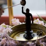 花祭りとは?甘茶の由来とお釈迦様にかける理由は??