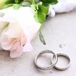 結婚指輪、婚約指輪の相場はどっちが高い?年代別の相場の違いは?