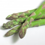 アスパラガスのゆで時間!レンジで簡単な下処理や栄養はどれくらい?