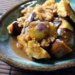 焼きなすをフライパンやレンジで簡単に作る!皮むきのポイントは?