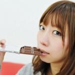 チョコレートの食べ過ぎで鼻血が出るのはなぜ?原因や対処法は?