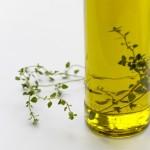 オリーブオイルを飲むと健康・ダイエット効果UP!効能やカロリーは?