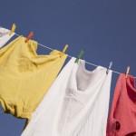 洗濯後の色移りを落とす方法!服やジーパン、エナメルの落とし方は?