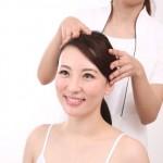 頭皮が固いと白髪の元に?かさぶたができる原因や柔らかくするには?