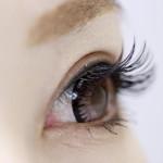 目やにが大量に出るときに目薬は危険?猫の目やにも人間用でもいいの?