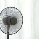 扇風機に当たりすぎると頭痛や吐き気が起こる原因!対策や治し方は?