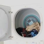 乾燥機を使うと臭い原因と対策方法!柔軟剤もダメ?